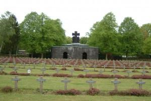 Cimetière militaire allemand à Lommel (Belgique) Deutscher Soldatenfriedhof Lommel (Belgien)